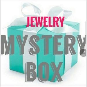 MYSTERY Resellers BOX : JEWELRY